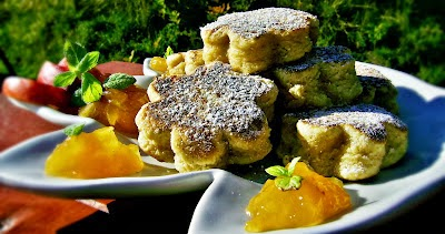 http://trollakonyhamban.blogspot.no/2012/09/welsh-cake-egy-finom-teasuti.html