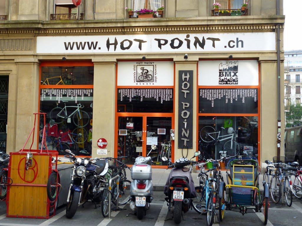 Zinaztli cicloturismo de monta a con alforjas traves a for Oficina de turismo de suiza en madrid