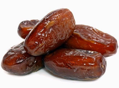 manfaat mengkonsumsi buah kurma