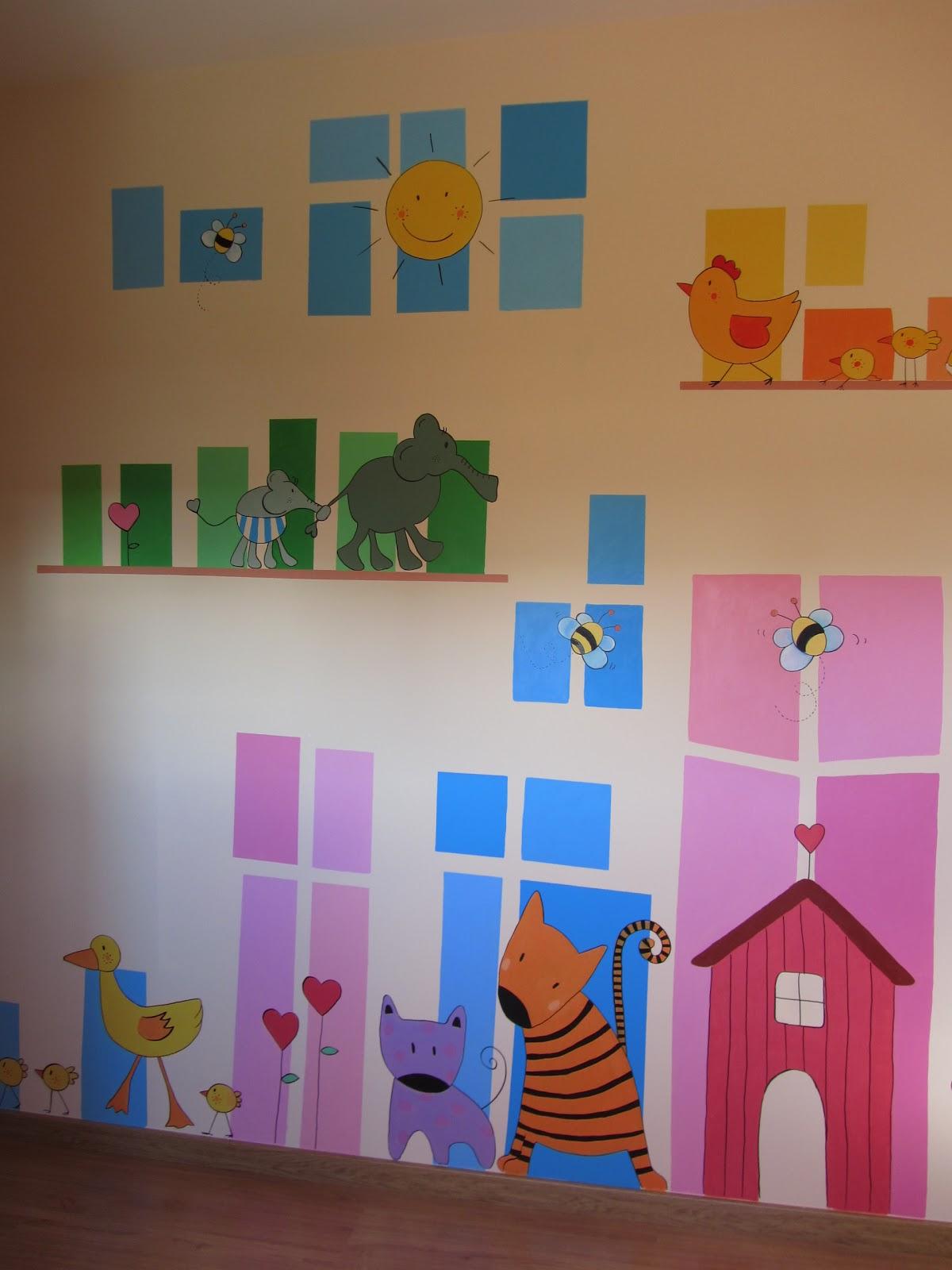 Decopared diciembre 2012 for Murales pintados en paredes de habitaciones