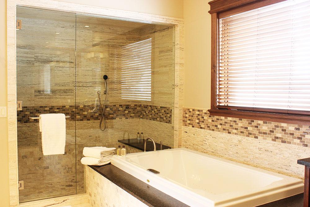 COISA DE CASADA UMA BANHEIRA PRO MARIDO -> Banheiro Com Banheira E Chuveiro Juntos