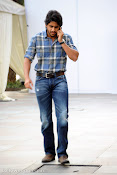 Naga Chaitanya new handsome photos stills-thumbnail-5