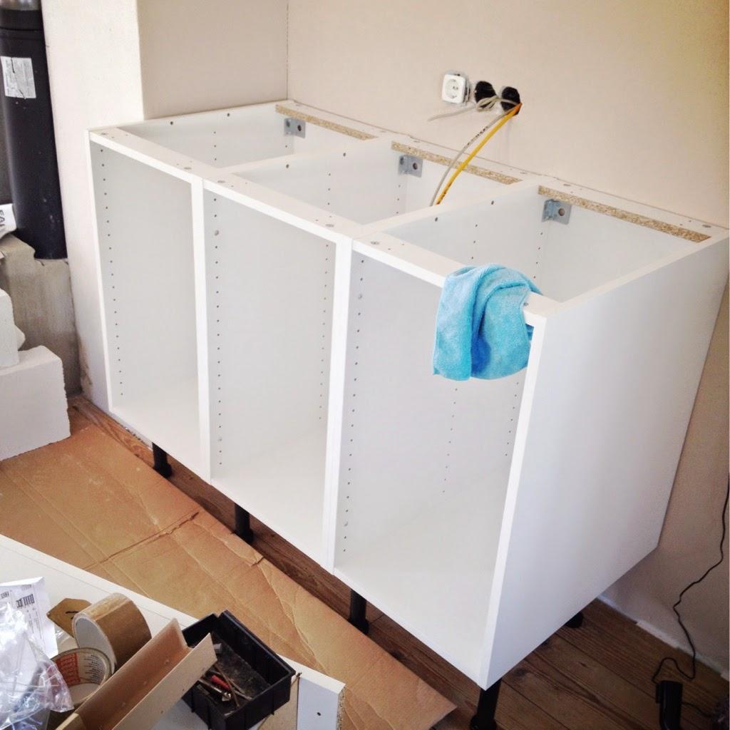 was kostet ein kchenaufbau stunning top ergebnis ikea kuchen kuche with was kostet ein. Black Bedroom Furniture Sets. Home Design Ideas