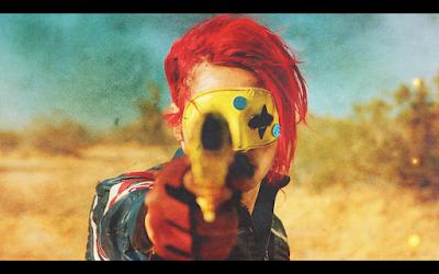 Gerard Way con su indumentaria de la época Killjoy