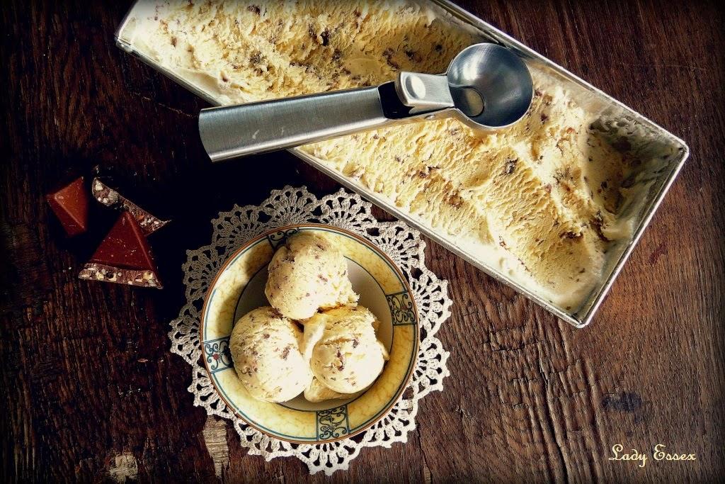 Nugatowe semi-freddo z Toblerone