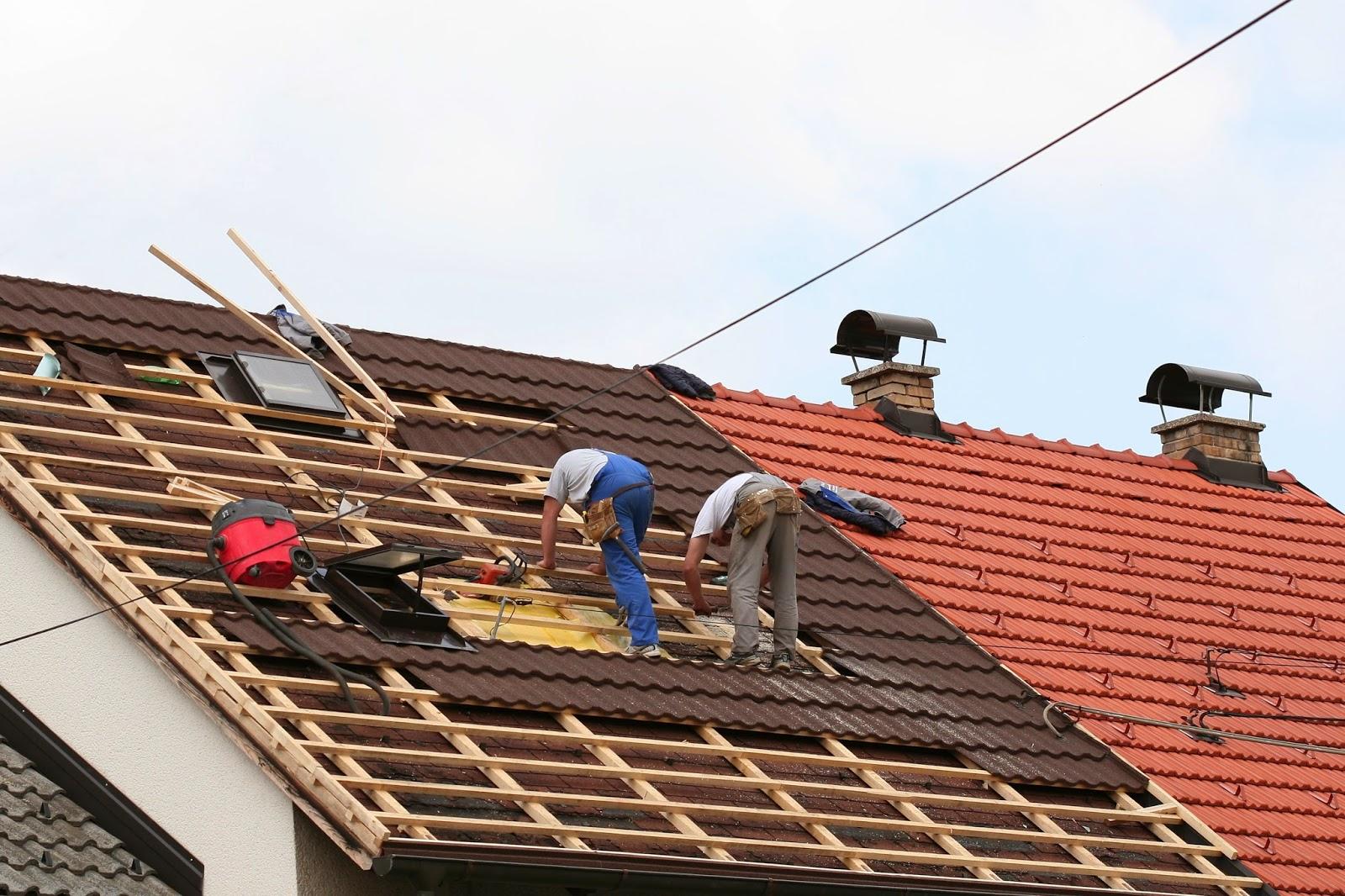 biaya renovasi atap rumah