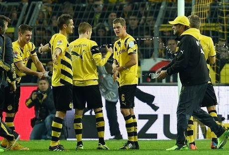 Dortmund Menang Tipis Atas Moenchengladbach