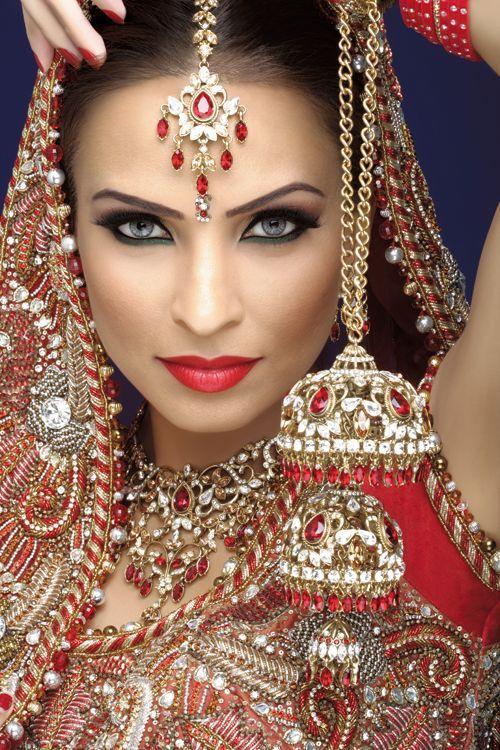 Bridal Makeup New Pics : new south Asian bridal makeup for 2016 ~ Just Bridal
