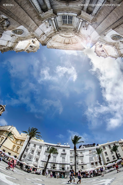 plaza de la catedral del cádiz, cádiz, catedral, plaza, carnaval, popo, momo, selu, juan carlos aragon, antonio martinez ares, antonio martin, teatro falla