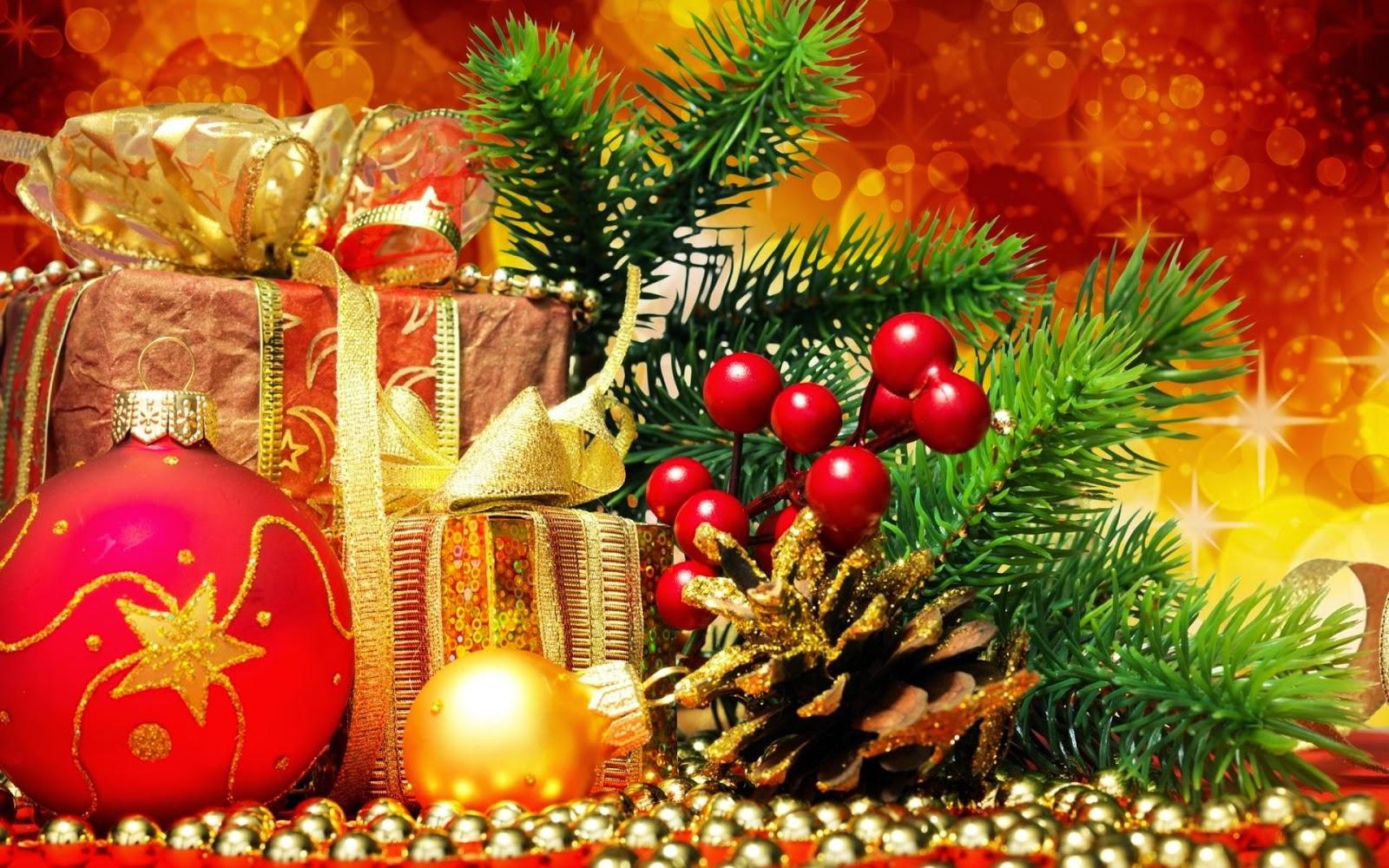 http://tsipas.jalbum.net/Christmas%20is%20Here/