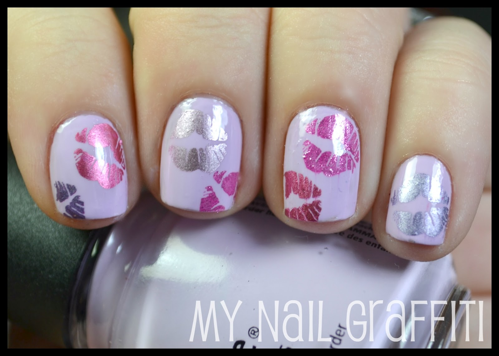 My Nail Graffiti: Valentine Kisses Nail Art