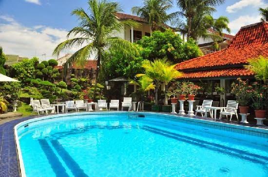 Review Hotel Ini Terletak Di Kawasan Wisata Malioboro Cocok Untuk Menginap Para Keluarga Yang Sedang Liburan Yogyakarta Apalagi Dengan Harga Kamar