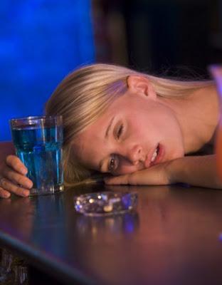 Няма нищо по-лошо от пияна жена с голяма уста