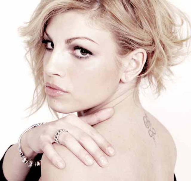 Emma Marrone - L'Amore Non Mi Basta - testo video download