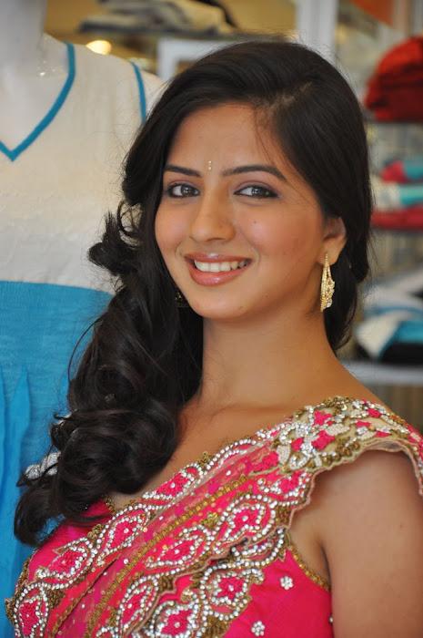 nisha shah new , nisha shah cute stills