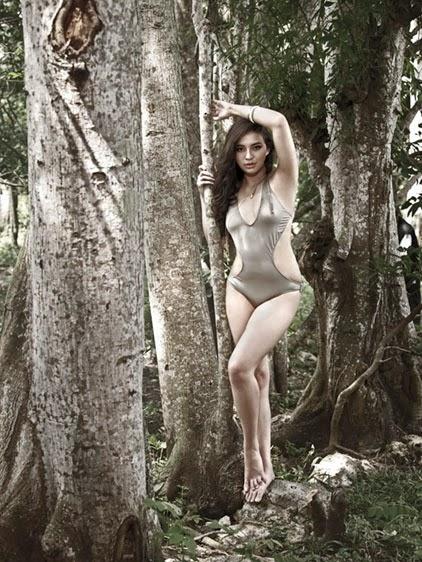 foto seksi foto hot terbaru manohara pakai bikini