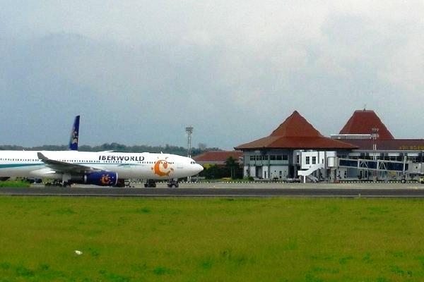 Bandara Adi Soemarmo, Solo, Jawa Tengah. ZonaAero