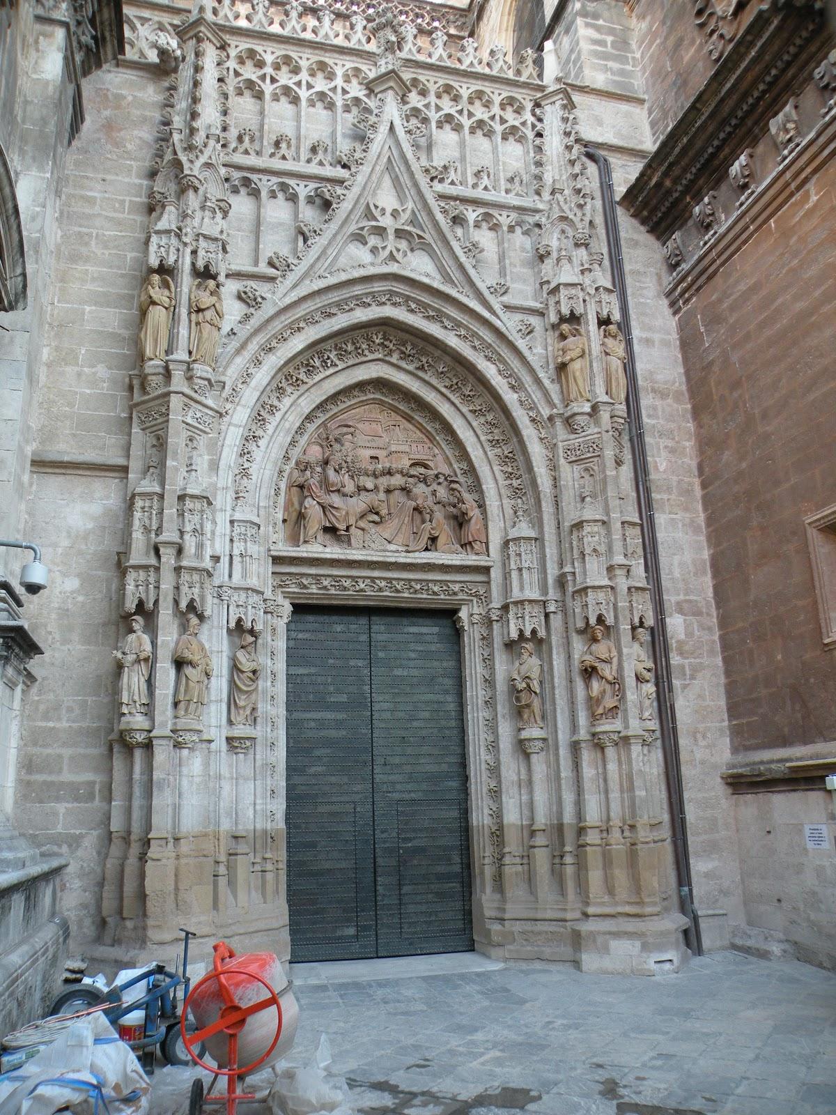 Tardes en sevilla catedral de sevilla iii - Puertas uniarte sevilla ...