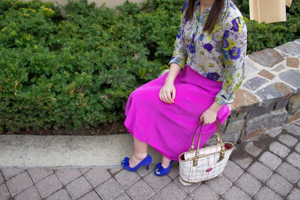 Floral, purple, J.Crew skirt, midi skirt, floral top, Zara top, coach bag, blue heels, Nine West heels, cobalt blue