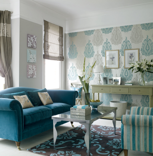 New home design ideas theme inspiration going baroque for Teal blue living room ideas