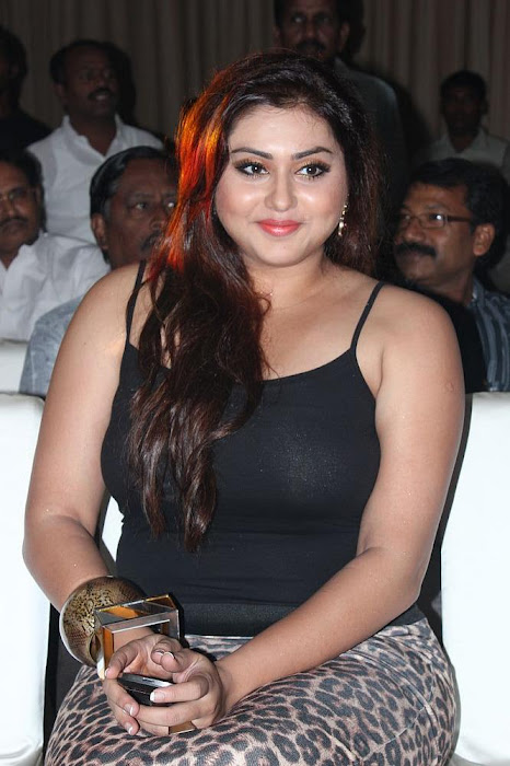 namitha black dress