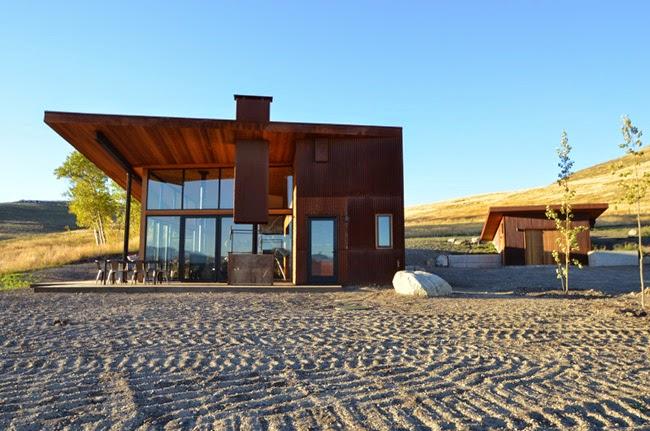 Casas minimalistas y modernas casa en el desierto en winthrop for Casas modernas en washington
