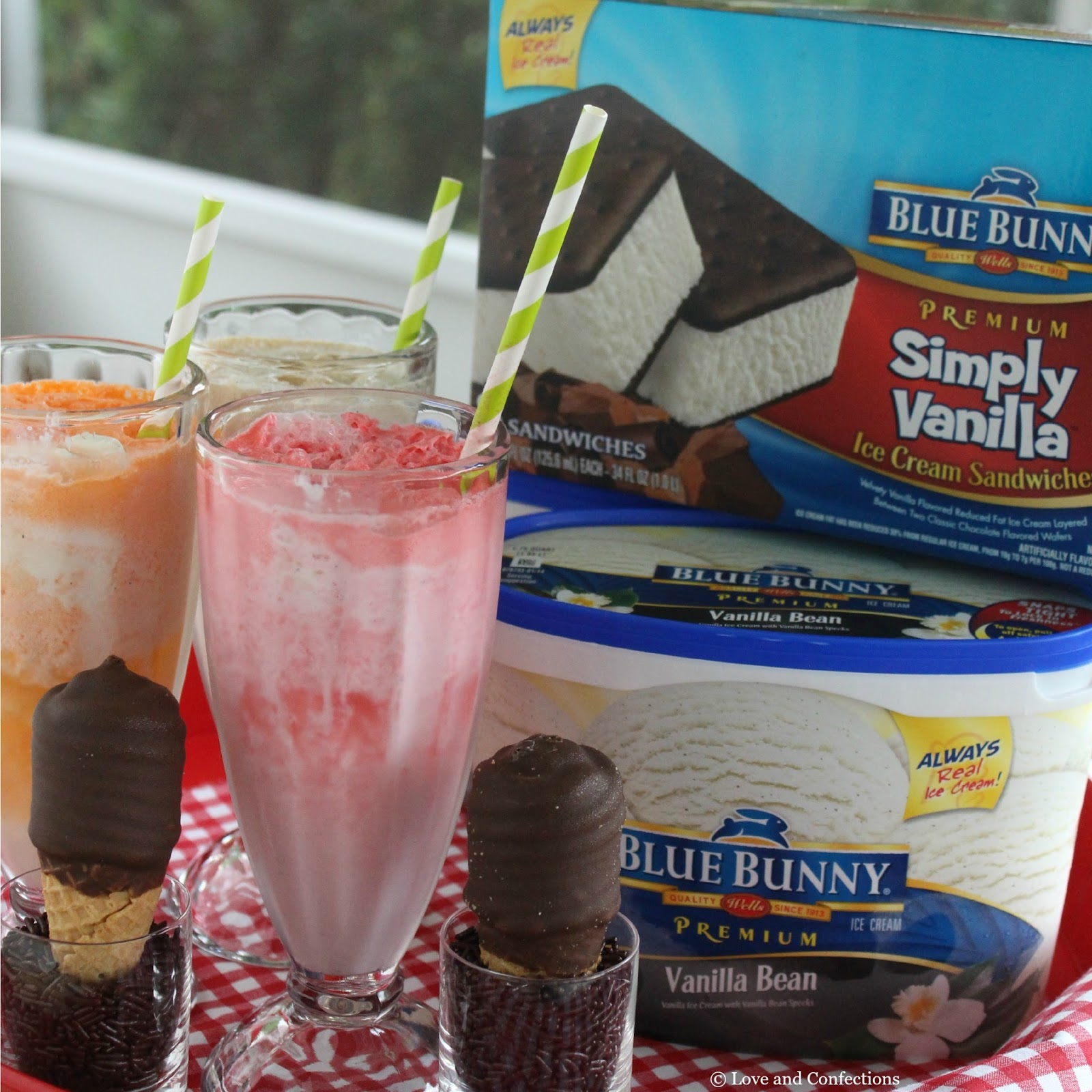 Love and Confections: Vanilla Bean Ice Cream Floats #SunsOutSpoonsOut