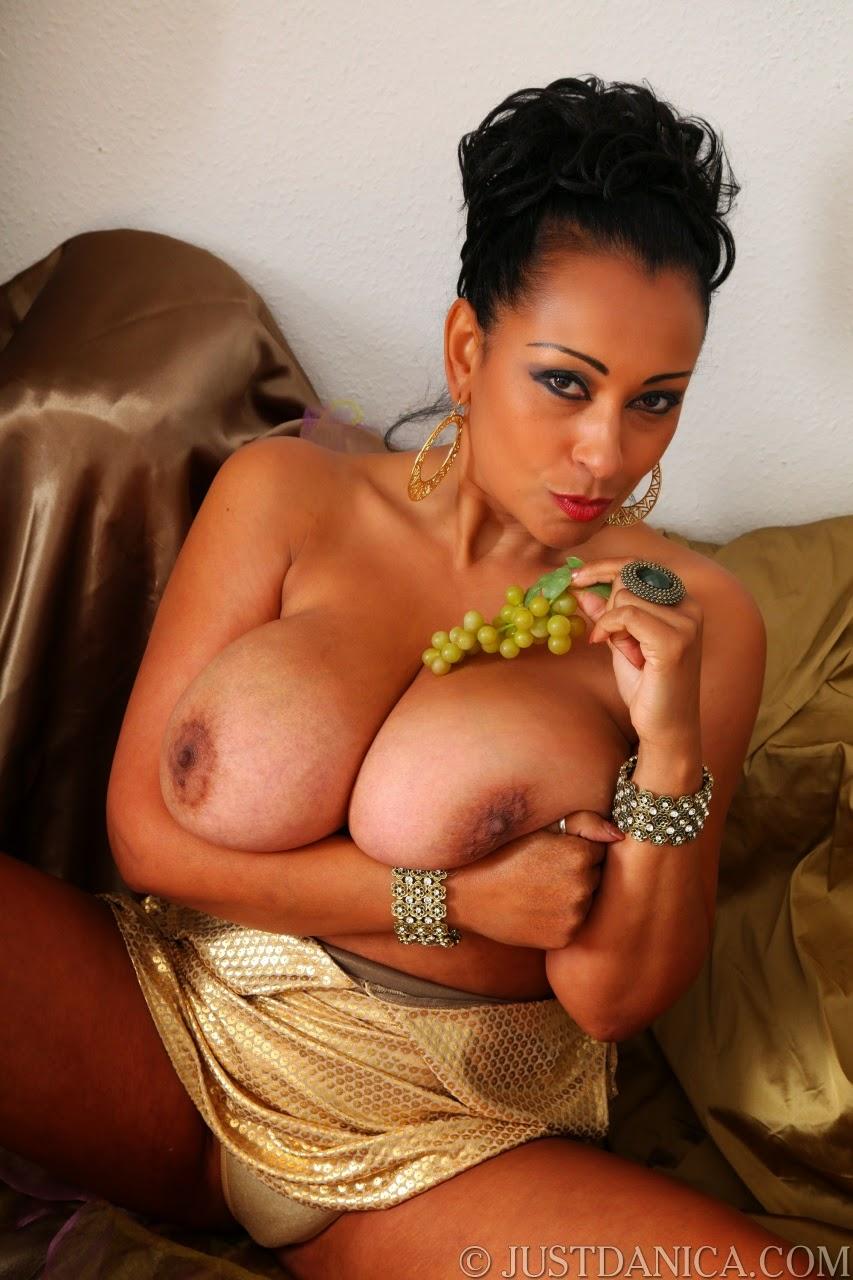 Mature super boobs