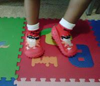 sepatu karet nyaman untuk anak