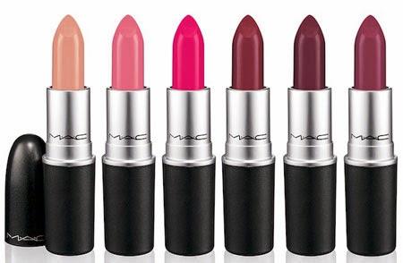 batons para labios MAC A Novel Romance