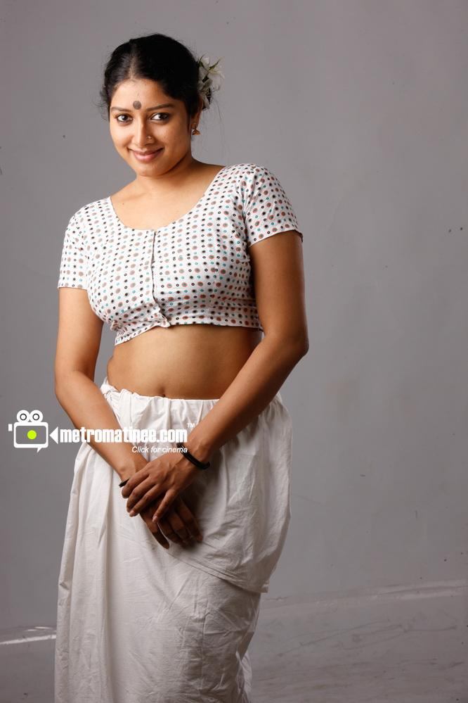 hot actress photos sexual  malayalam navel of