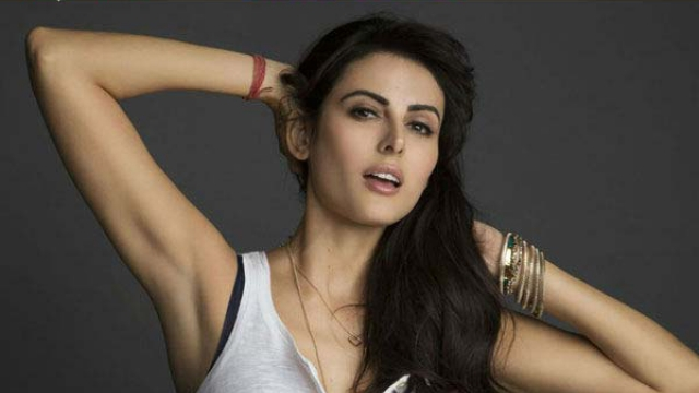 Mandana Karimi Beautiful Wallpaper 2015