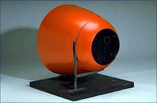 أسلحة صنعت الحدث - صفحة 3 The-pigeon-missile