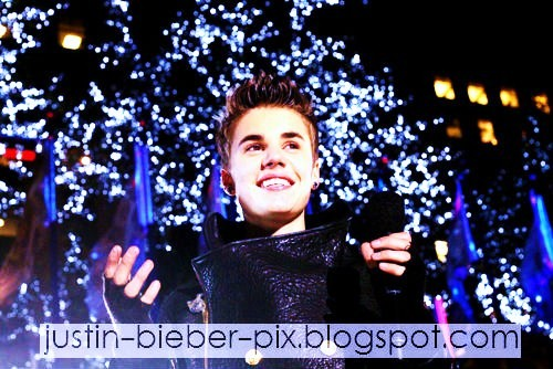 Justin Bieber 2012 new year photos wallpapers