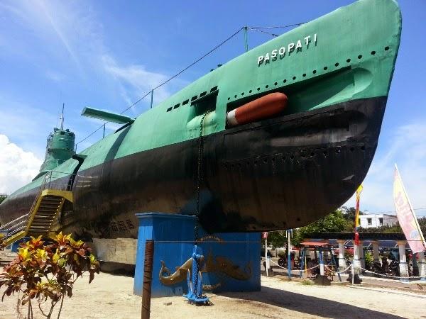 Wisata Ke Monumen Kapal Selam Surabaya Kerennya Kri Pasopati 410 Info Wisata Dan Hotel Di