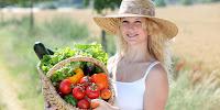 ganggang biru hijau spirulina, SMS 085793919595, spirulina tiens suplemen vegetarian, nutrisi spirulina tiens vegan, spirulina tiens kaya protein, tiens spirulina gaggang makanan vegan