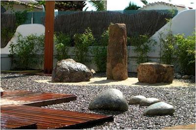 foto 4 jardin minimalista zen con piedras