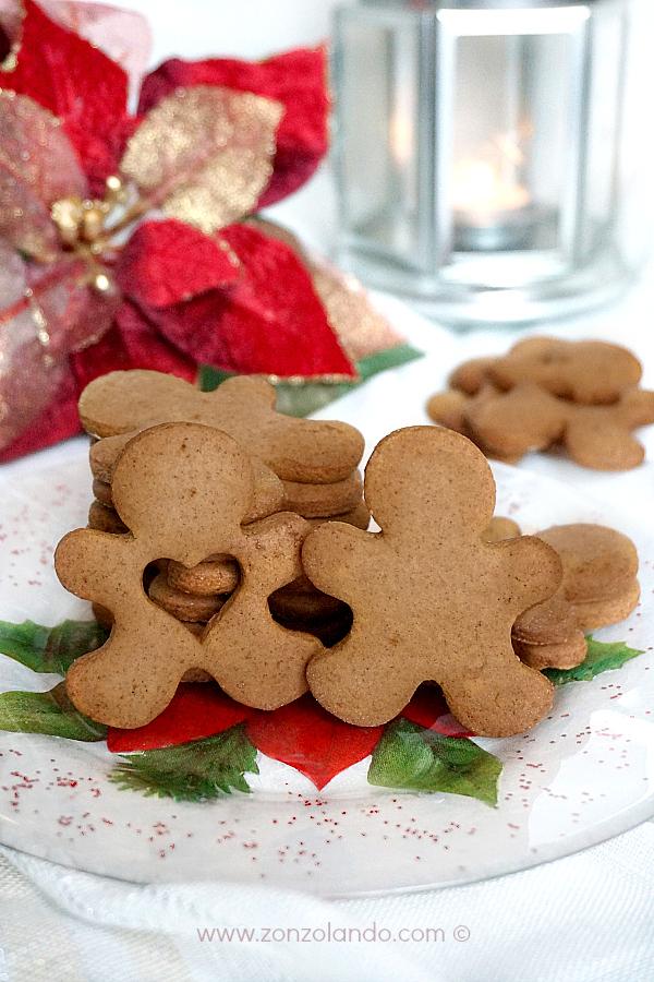 Ricetta dei Gingerbread men biscotti natalizi natale speziati recipe Christmas cookies
