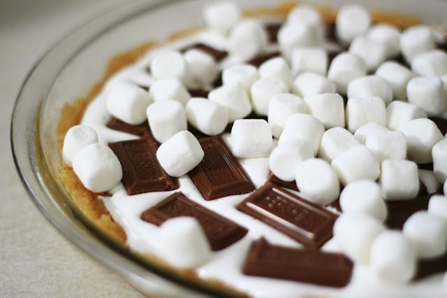 Hershy_candy_bar_s'more_pie_recipe