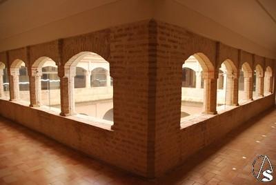 Suelos de barro suelo del santuario de loreto espartinas for Arcos de ladrillo rustico