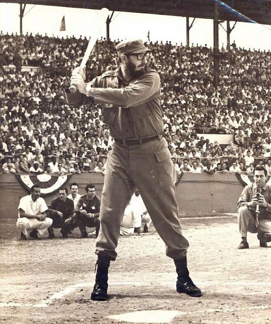 Fidel-Castro%2Bplays%2Bbaseball%2Bin%2BH