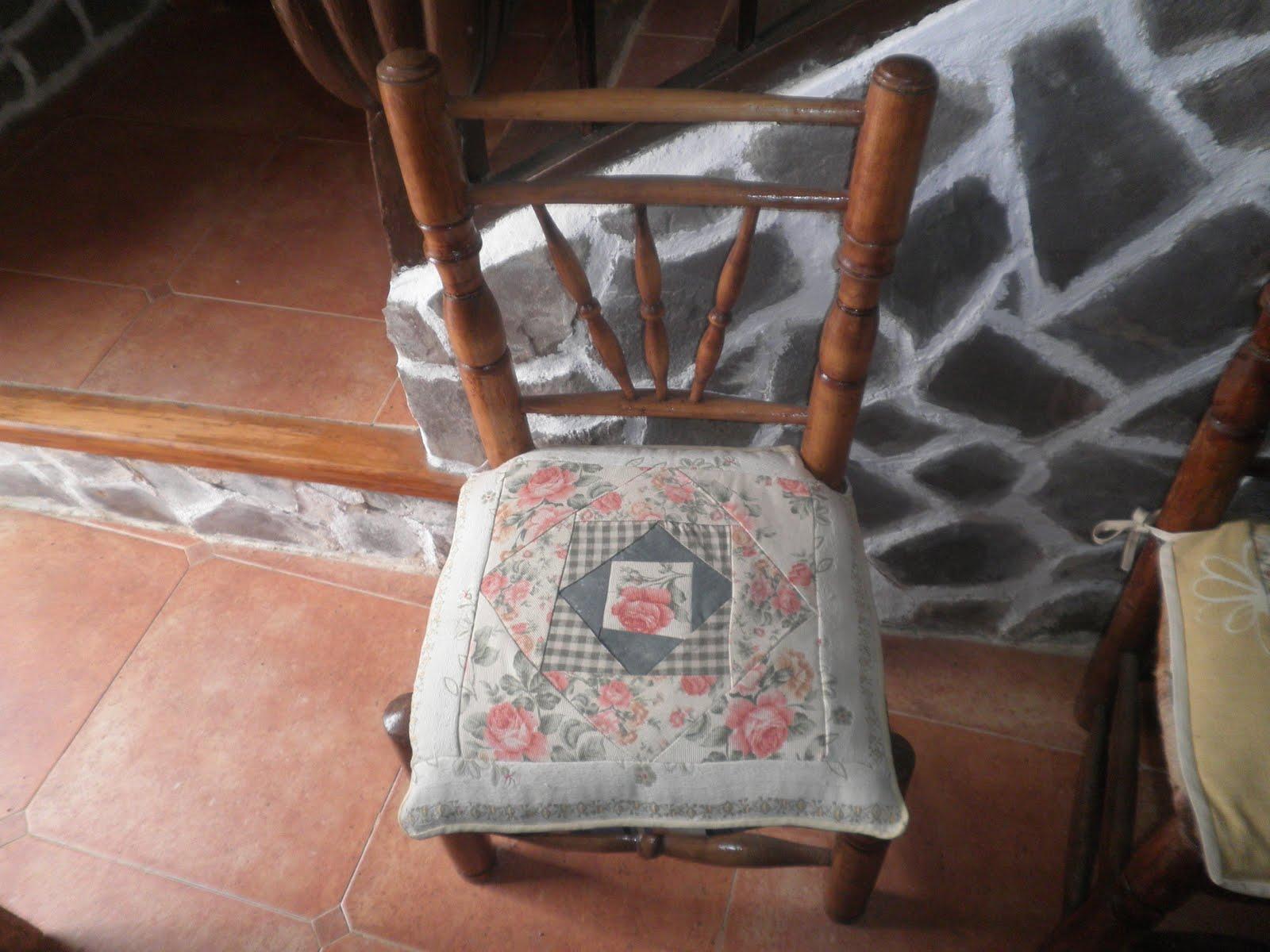 Manualidades pura cojines para silla for Cojines para sillas walmart