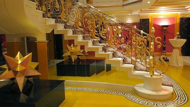 Aravindha rockstar burj khalifa for 7 star hotel dubai most expensive room
