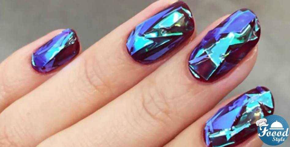 Her Simple Technique To Create Shattered Glass Nail Art Is