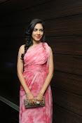 Actress Ritu Varma glam pics-thumbnail-1