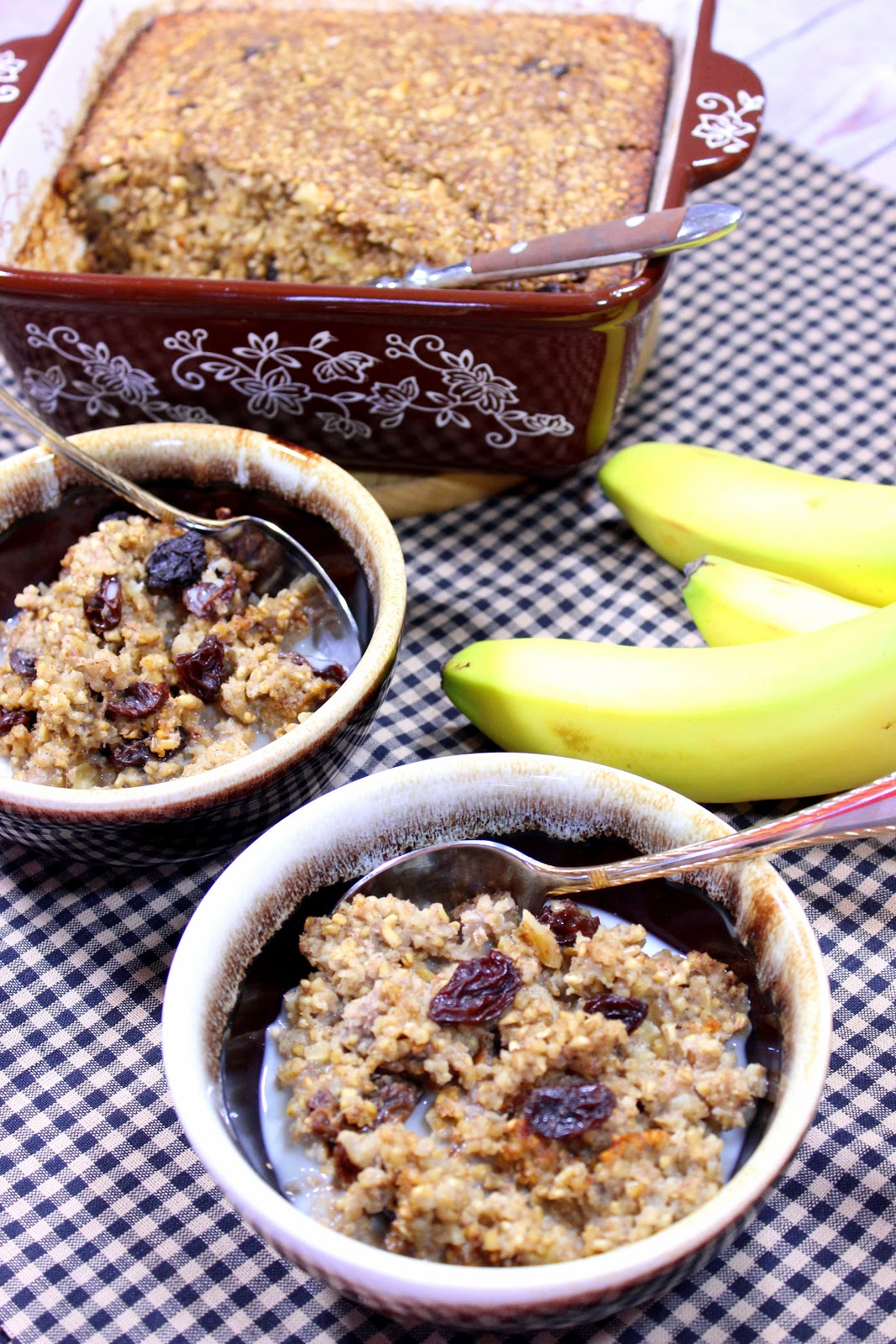 Baked Steel Cut Oatmeal with Banana, Walnuts and Raisins Recipe