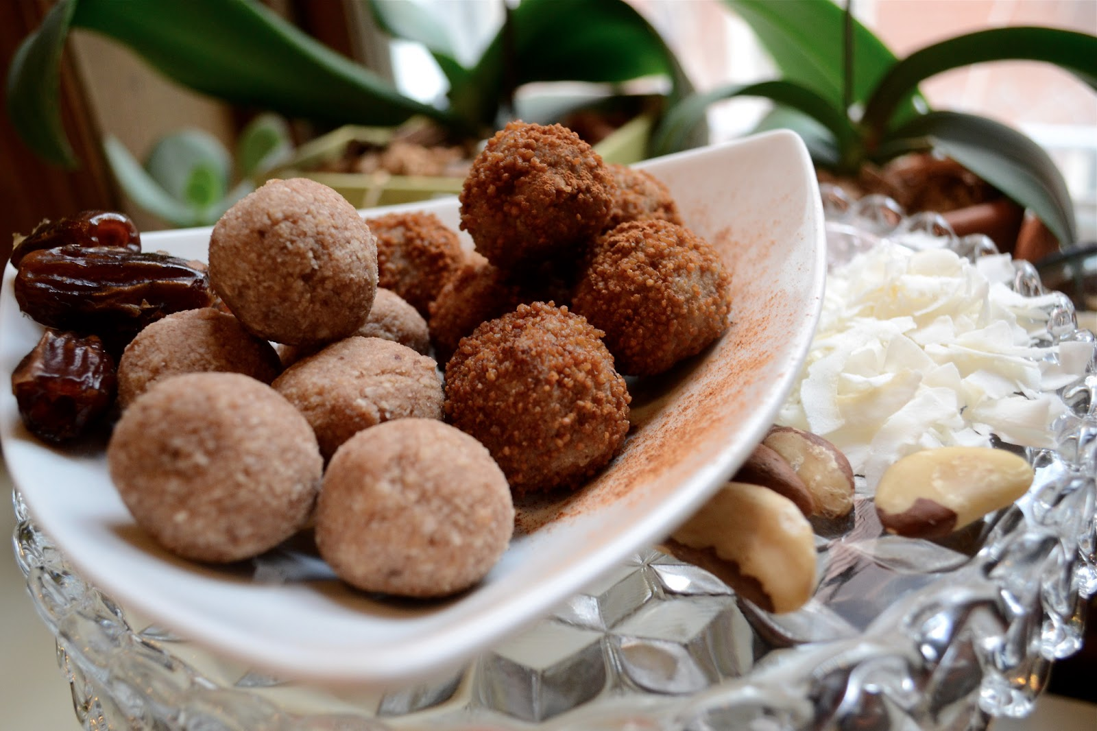 raw vegan dessert, healthy doughnut holes or sweet energy balls