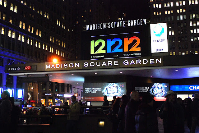 Nyc nyc 12 12 12 the concert for sandy relief at madison square garden for Madison square garden concert tonight