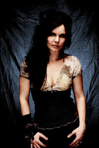 Former NIGHTWISH Singer, Anette Olzon Attacked & Robbed
