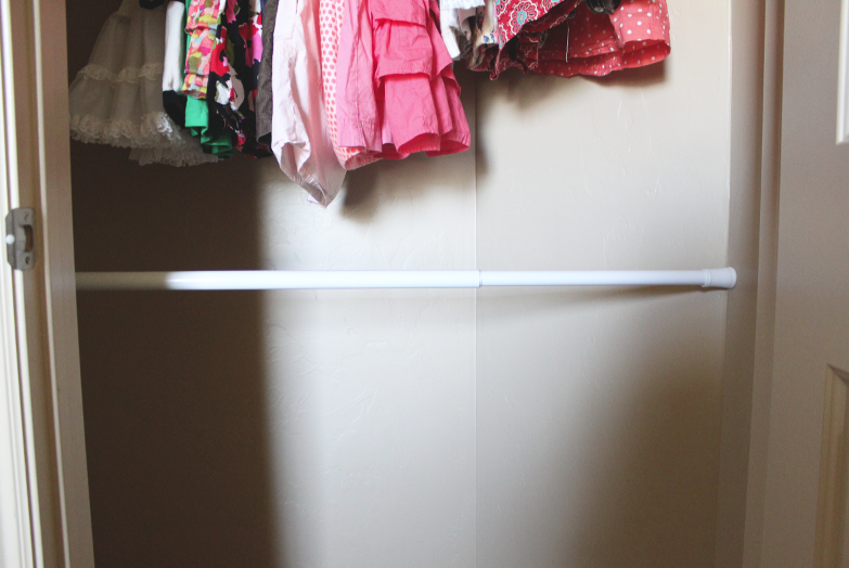 All you need is a sturdy little shower cutain rod and you automatically have extra storage in your closet. Itu0027s as easy as that! & do it yourself as: DIY: Extra Closet Storage